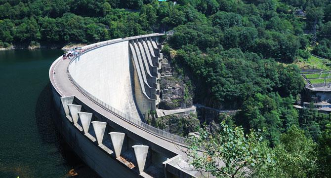 Staudamm-Verzascatal