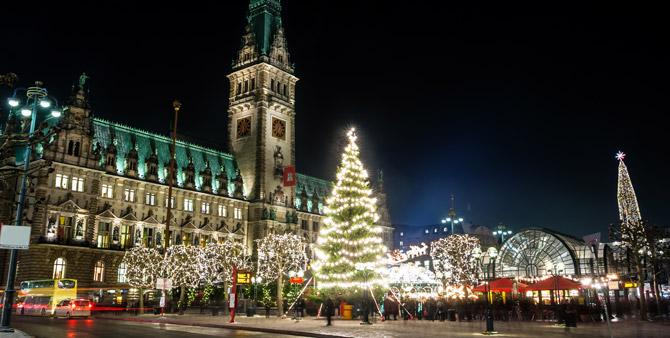 Hamburg Weihnachtsmarkt Rathaus