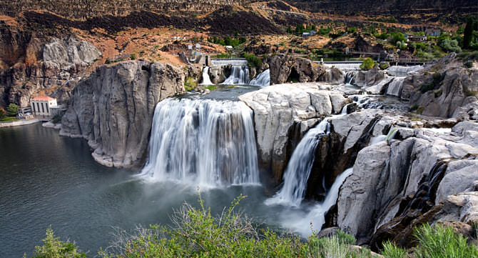 Shoshone Falls Yellowstone National Park Wyoming