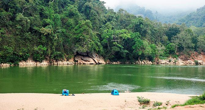 Campen_Laos