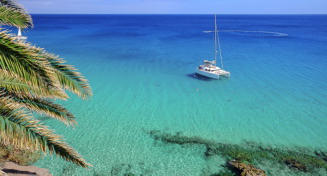 Katamaran-Playa-de-Morro-Jable